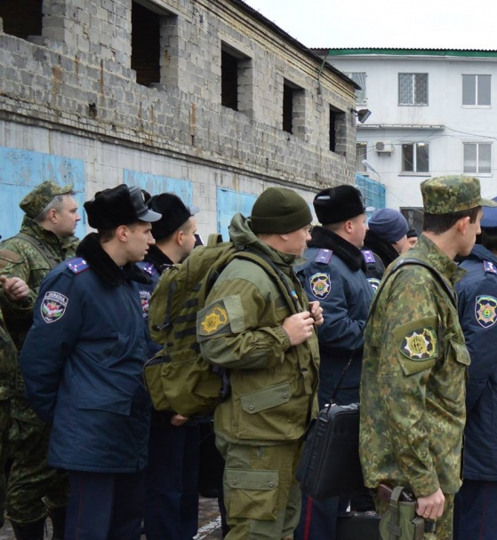 """Всю поліцію Донеччини підняли по """"тривозі"""" - фото 8"""