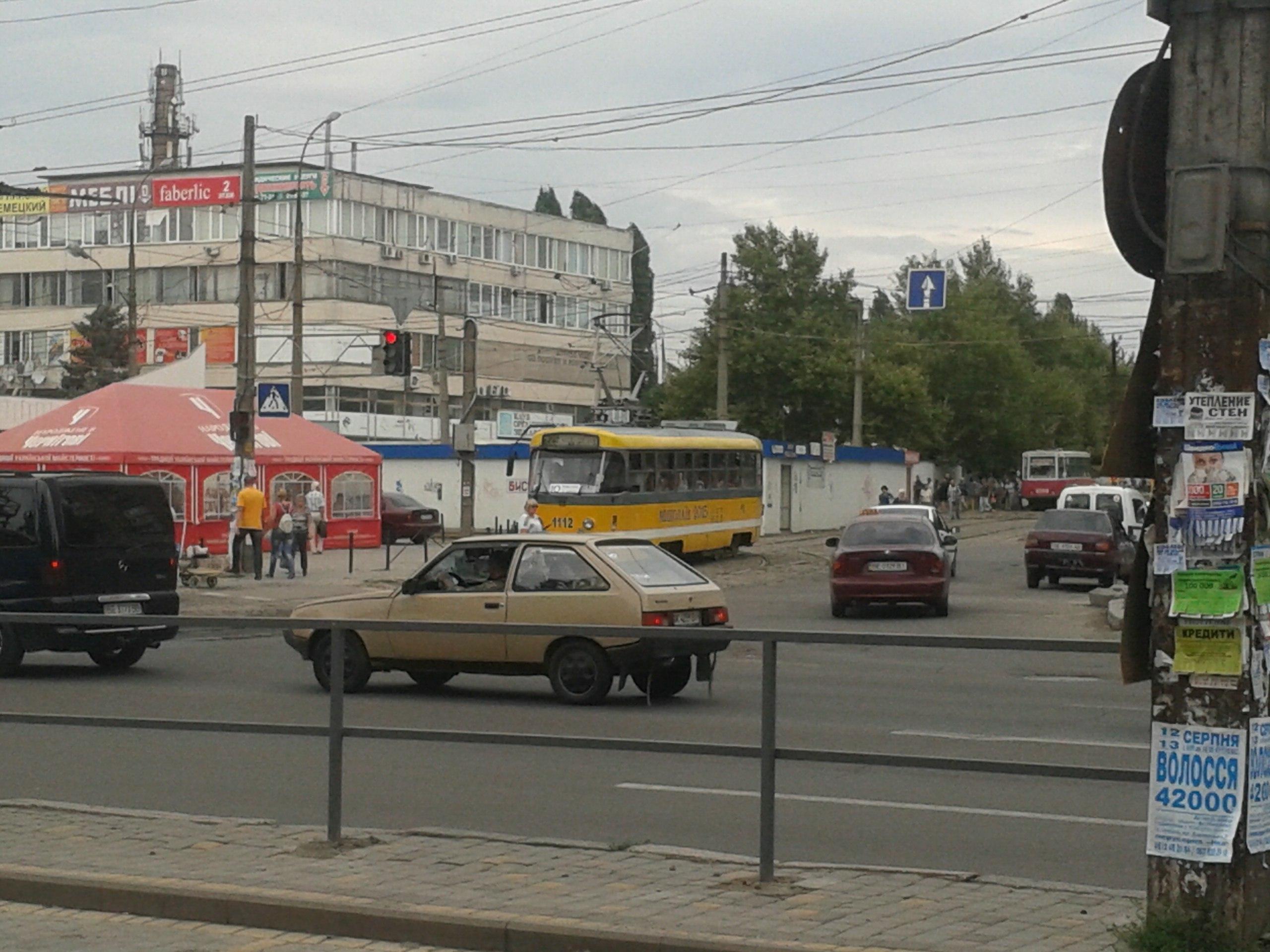 У Миколаєві в заторі опинилися п'ять трамваїв