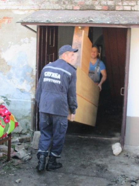У нас залишились лише капці, в яких ми вибігли з дому: Постраждалі від пожежі в Барі просять допомоги - фото 4