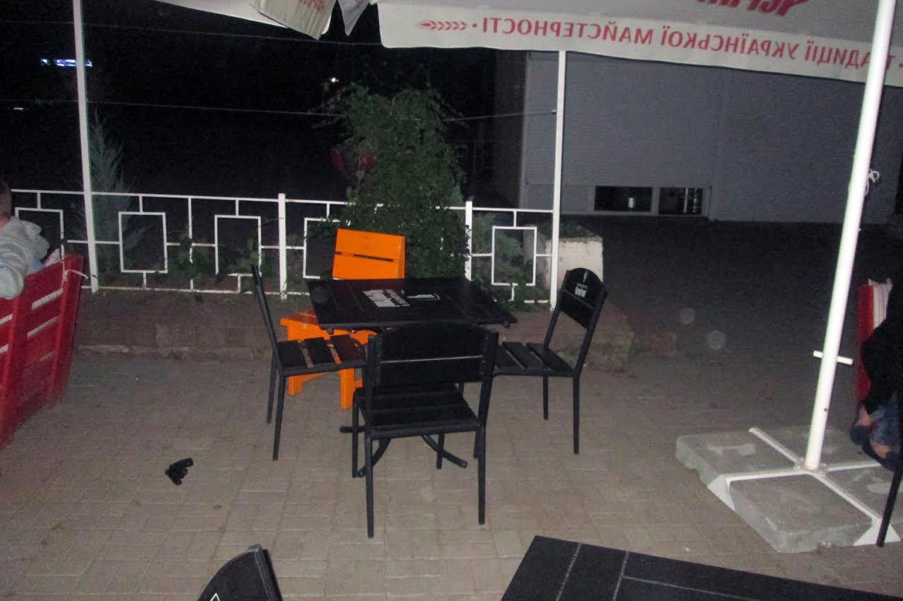 У Миколаєві п'яний дебошир влаштував стрілянину в кафе - фото 1