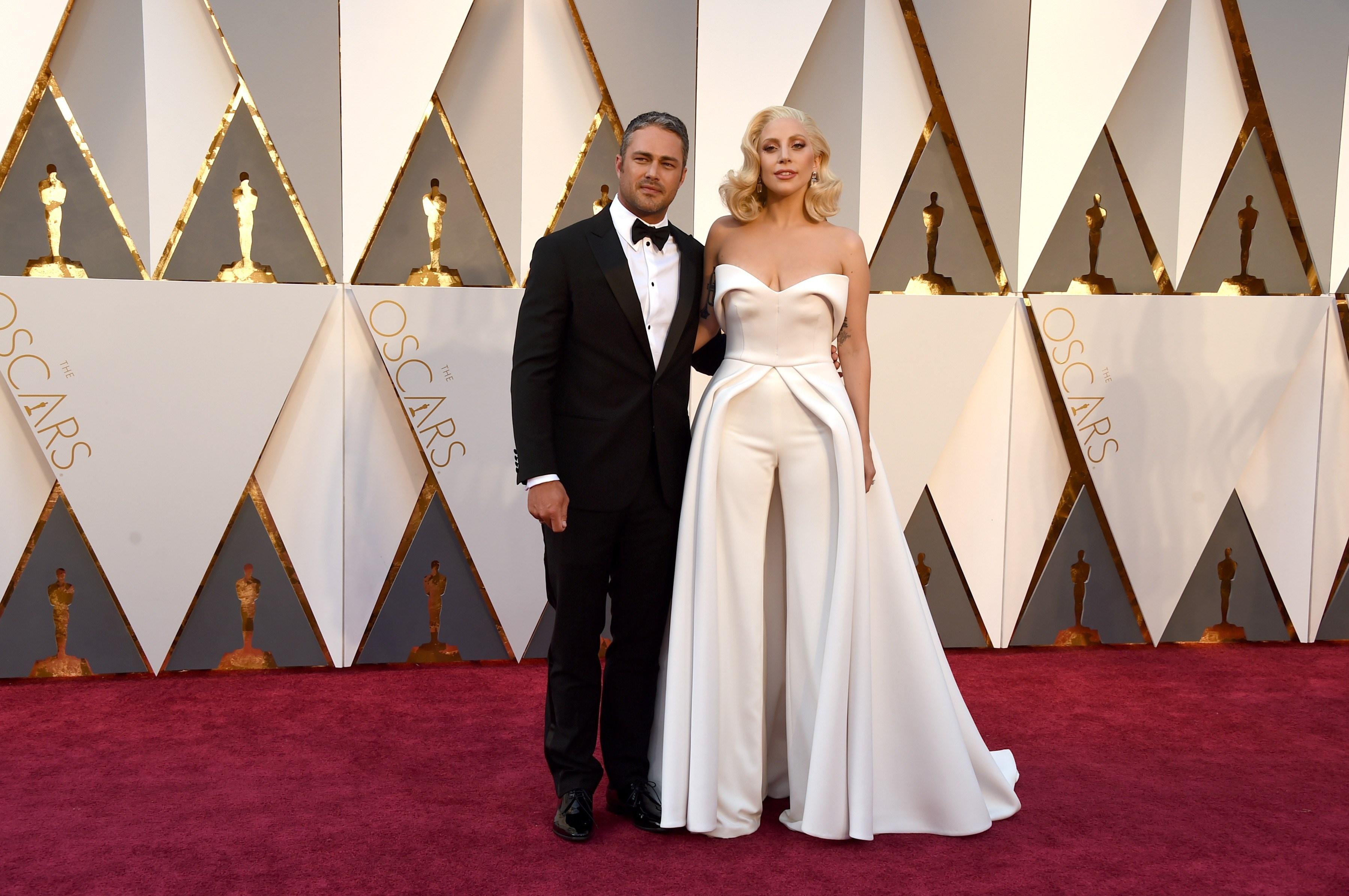 """Леді Гага на Оскарі """"сплагіатила"""" сукню Джамали - фото 2"""