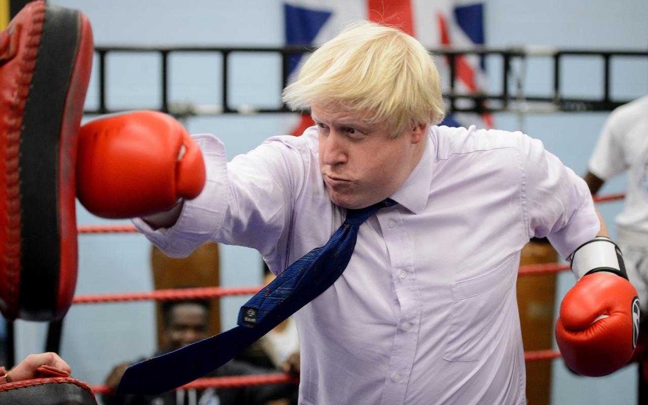 """Чим знаменитий """"ватний"""" міністр закордонних справ Великої Британії - фото 3"""