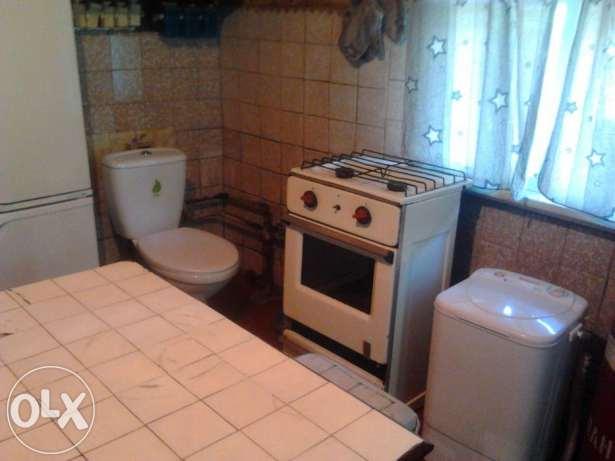 Треш-квартира з ванною і туалетом у кухні стала хітом соцмереж - фото 3