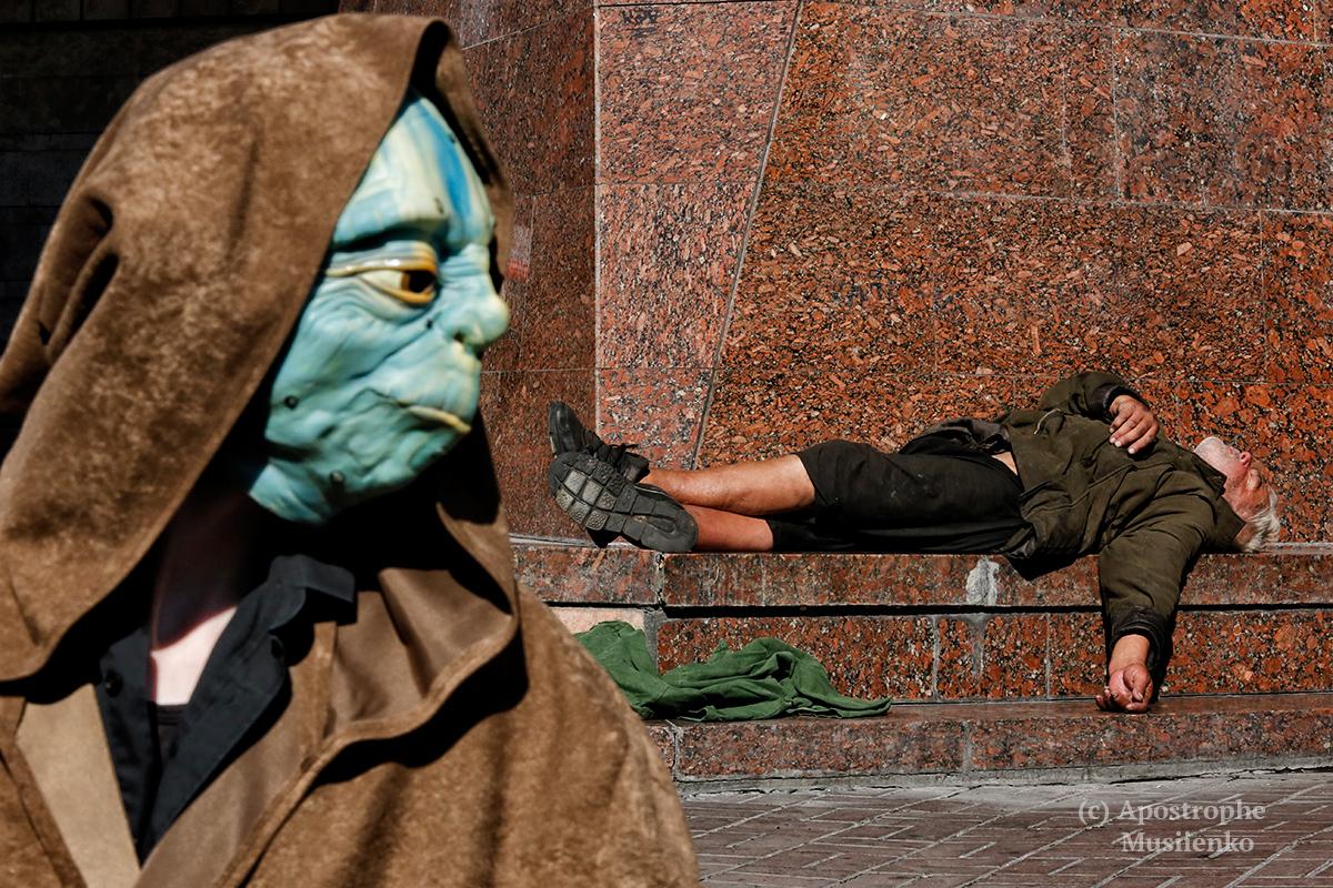 У Києві похоронили Дарта Вейдера  - фото 4