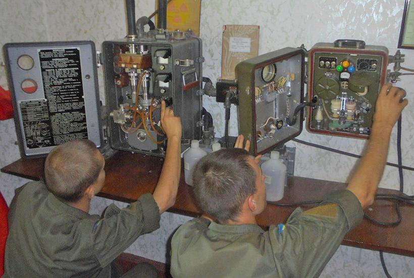 У Харкові військові попрактикувалися у хімічній розвідці  - фото 1