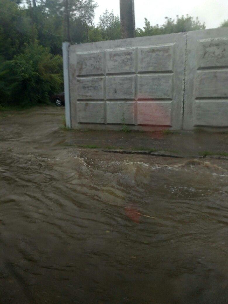 Потужна злива перетворила Харків на Венецію  - фото 5