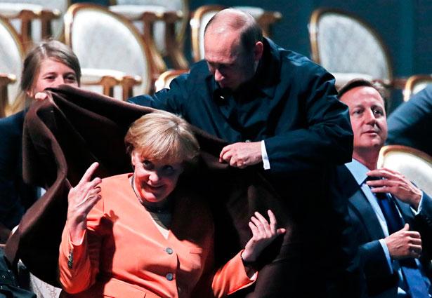 Чи стане Меркель в Москві 10 травня в пригоді Україні - фото 1