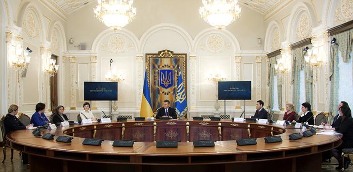 Хроніка Революції гідності: День Білорусі і подарунки від Святого Миколая - фото 13