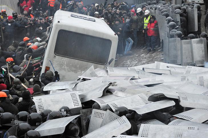 Хроніка Революції Гідності: Вогонь на Грушевського і початок нової стадії протистояння - фото 3