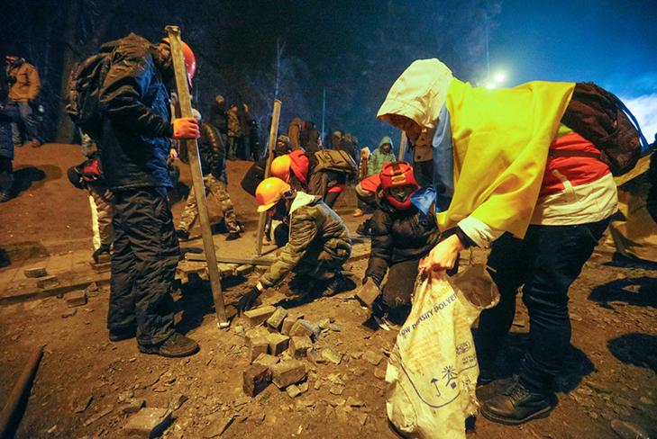 Хроніка Революції Гідності: Вогонь на Грушевського і початок нової стадії протистояння - фото 11