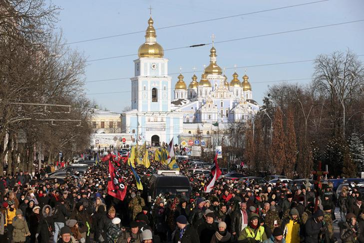 Хроніки Революції Гідності: Кривавий День Соборності і перші загиблі на Грушевського - фото 18