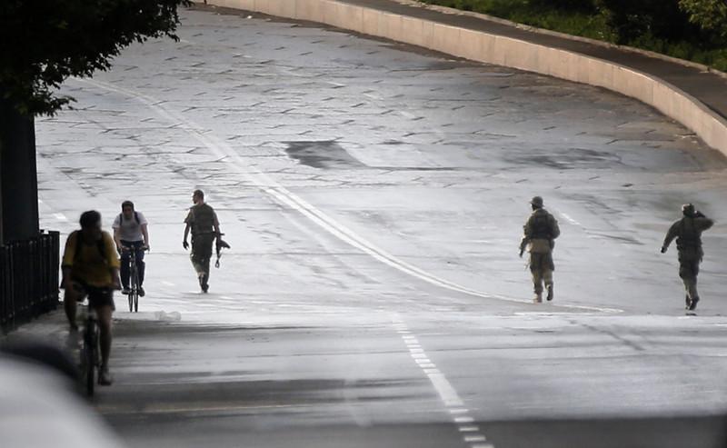 Як починалася оборона донецького аеропорту (ВІДЕО, ФОТО 18+) - фото 8