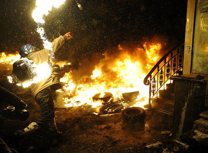 Хроніки Революції Гідності: Кривавий День Соборності і перші загиблі на Грушевського - фото 15