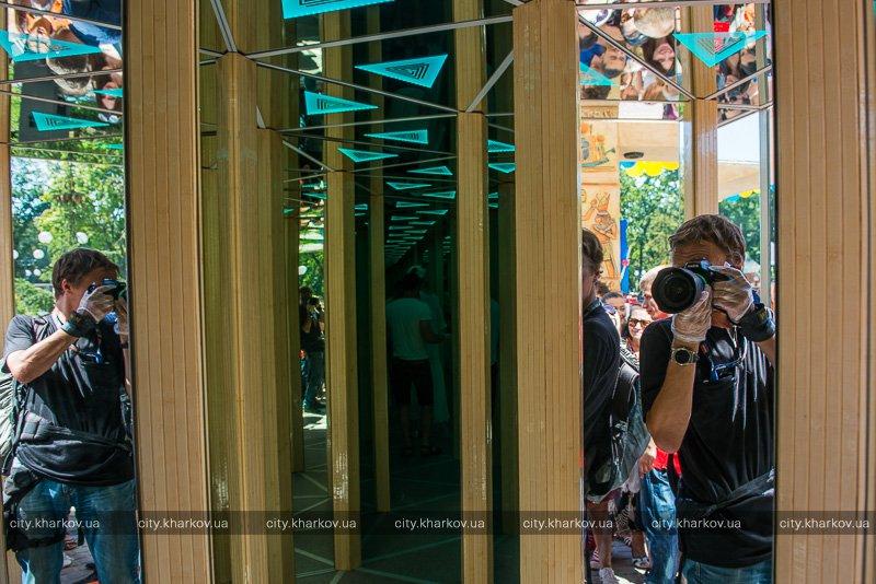 У Харкові запрацював новий атракціон  - фото 3
