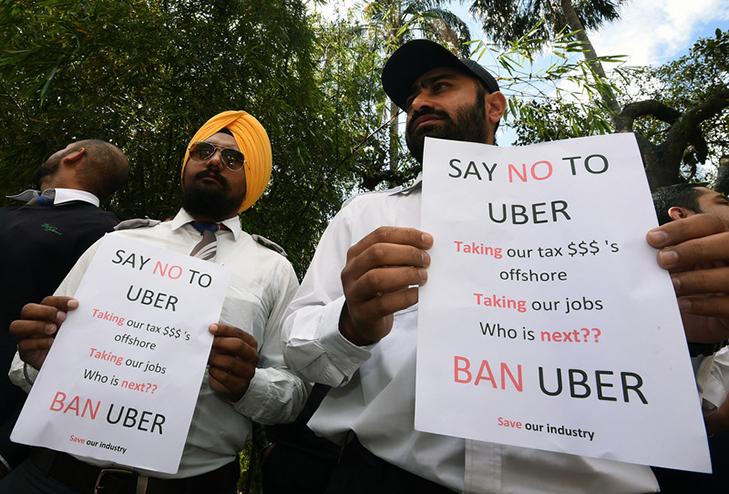 Таксисти взяли приклад із французів і протестували проти Uber вогнем - фото 19