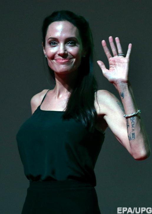 Анджеліна Джолі продовжує втрачати вагу і може померти - фото 3