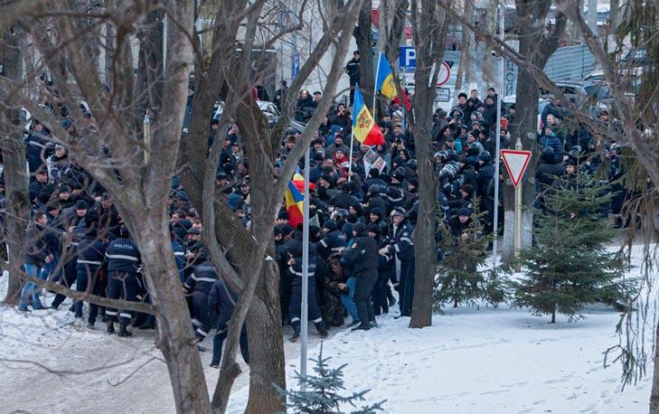 """Чому не декомунізовали Полторака та молдавський аналог """"третього Майдану"""" - фото 3"""