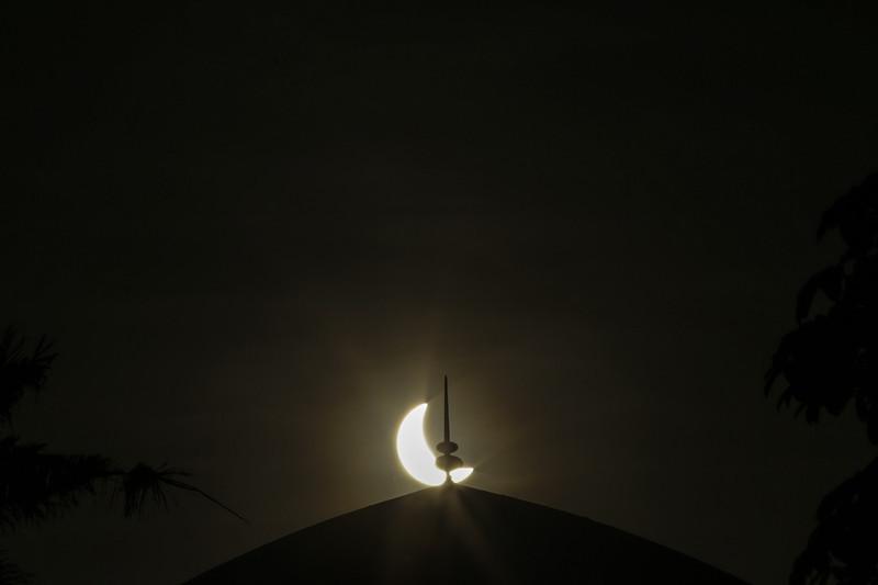NASA показало повне сонячне затемнення - фото 1