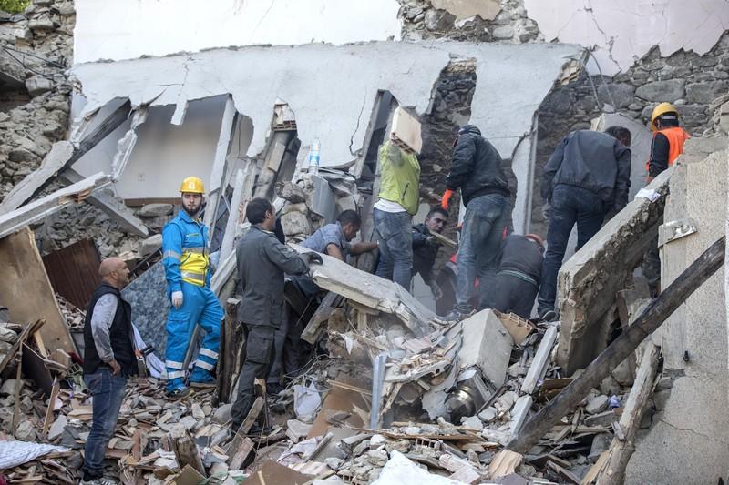 Італійський землетрус - фото 12