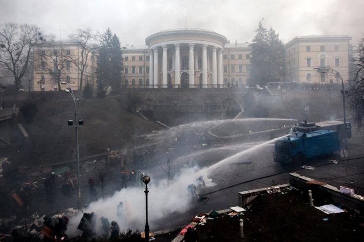 Хроніка Революції Гідності: Найкривавіший день Євромайдану - фото 2