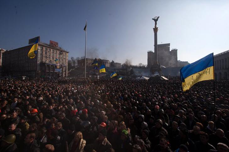 Хроніка Революції Гідності: Янукович іде на поступки, але не здається - фото 2