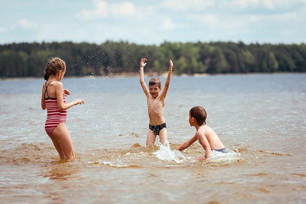 Біле озеро у Рівненській області фотографія