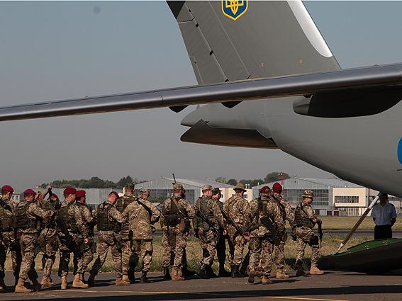 Аваков, прихопивши спецпідрозділ МВС, екстрено прибув до Миколаєва (ФОТО) - фото 2