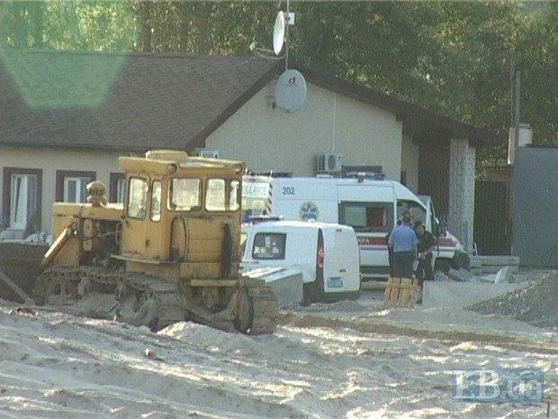 У Києві будівельна плита вбила чоловіка, - ЗМІ - фото 1