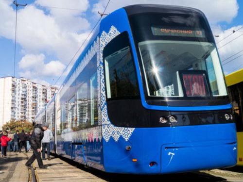 ВКиеве будет ходить люкс-трамвай
