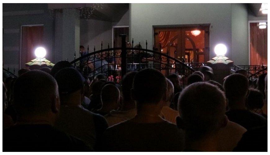 На Рівненщині весілля переросло у масове побоїще зі стріляниною - фото 2