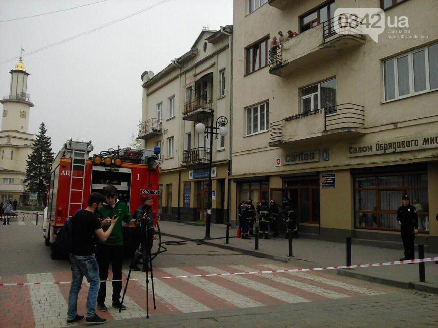 В центрі Івано-Франківська прогримів вибух - фото 2