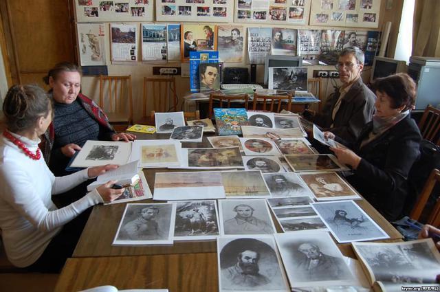 В окупованому Криму пройшли Шевченківські літературні читання - фото 2