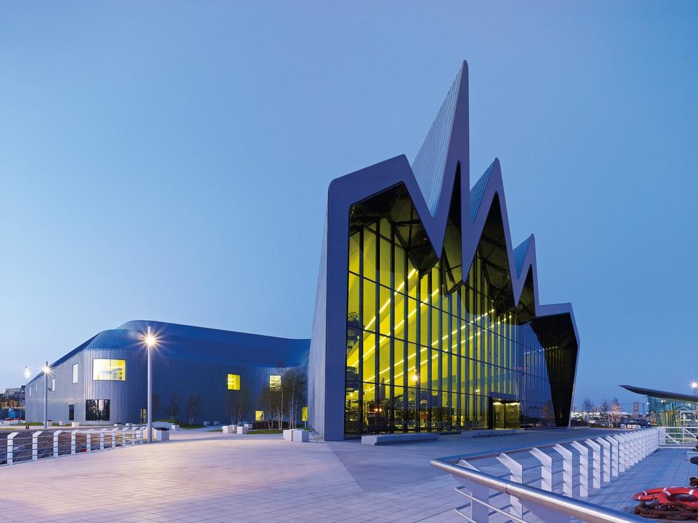 Надзвичайні будівлі архітектора Захи Хадід - фото 6