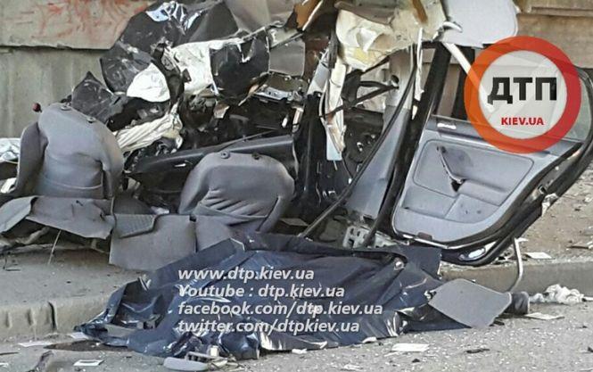 У страшній аварії в Києві загинув автогонщик -ЗМІ - фото 1
