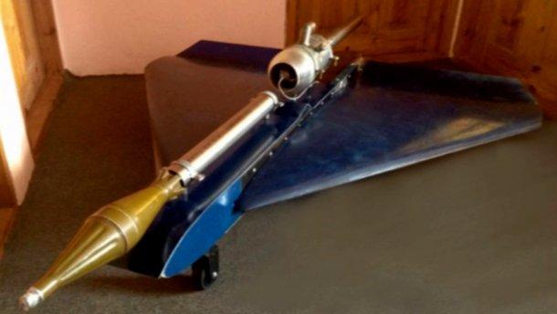 Українські вчені розробили бойовий безпілотник, який практично неможливо знищити з землі, - ЗМІ - фото 1