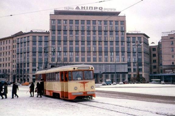 Кияни показали, як кілька десятиліть тому виглядав громадський транспорт столиці - фото 1