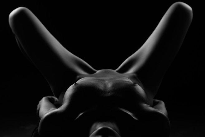 Як український фотограф перетвори голе жіноче тіло на ландшафт (ФОТО 18+) - фото 4