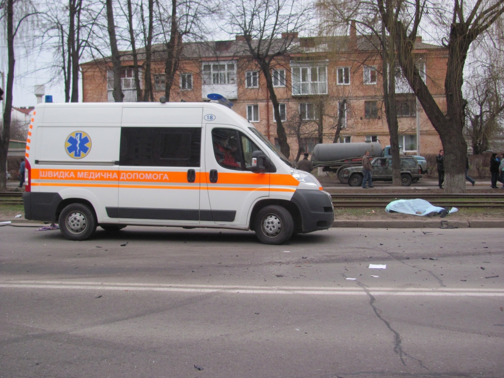 У Вінниці на Пирогова сталась смертельна аварія - фото 1