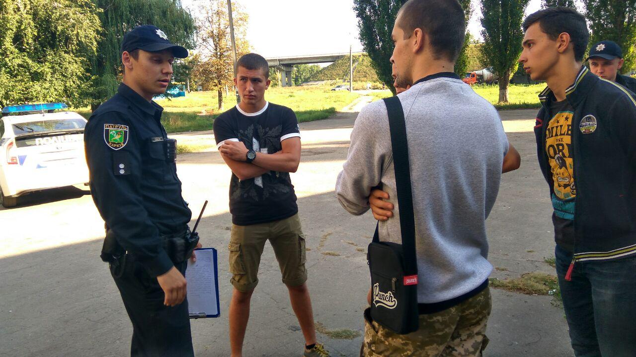 У Харкові активісти виявили алко-точку без документів   - фото 3