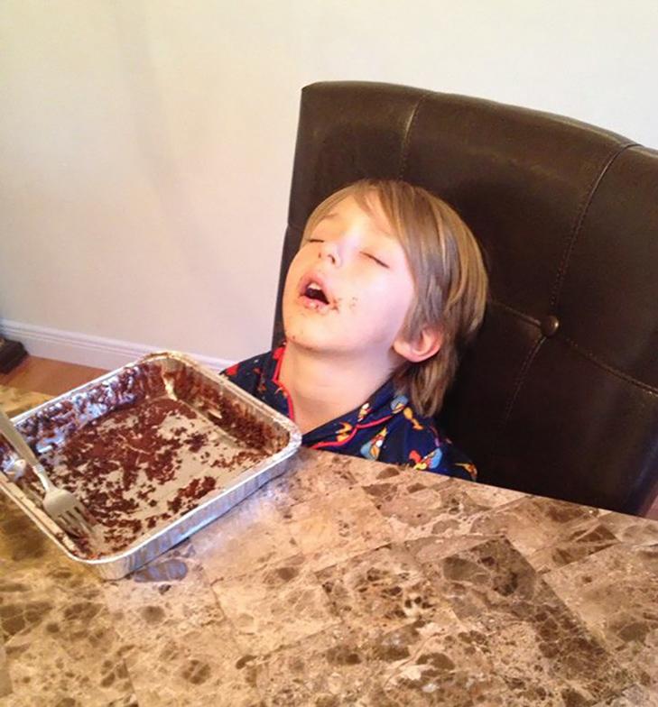 35 кумедних доказів того, що діти можуть заснути де завгодно - фото 12