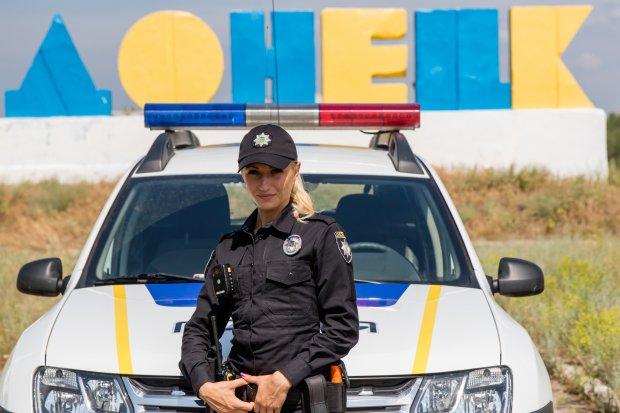 Як білявка-поліцейська підкорює зону АТО (ВІДЕО, ФОТО) - фото 2