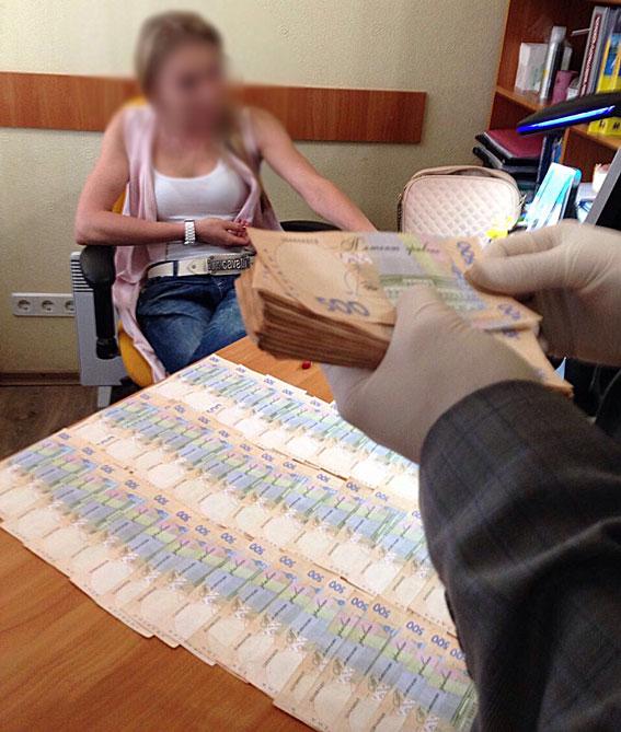 Чорна бухгалтерія: топ-12 рекордних хабарів на Харківщині - фото 4