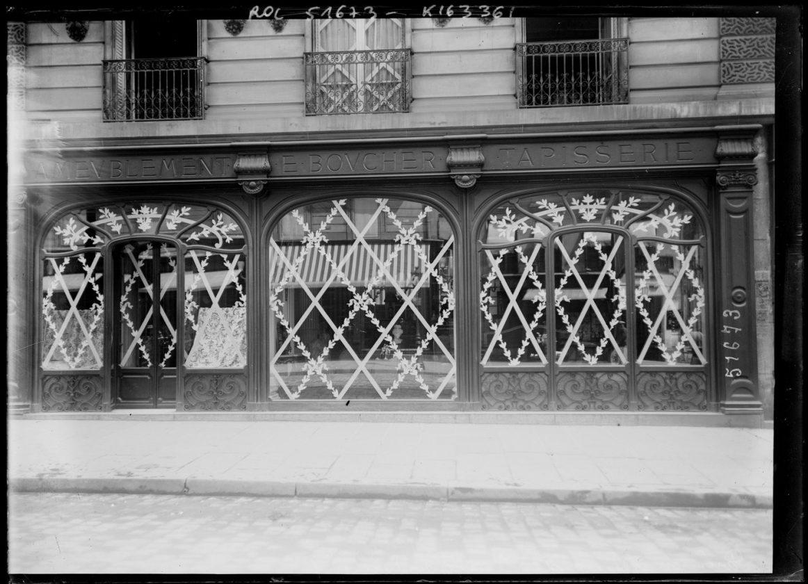 Як століття тому парижани захищали вітрини від німецьких снарядів - фото 5