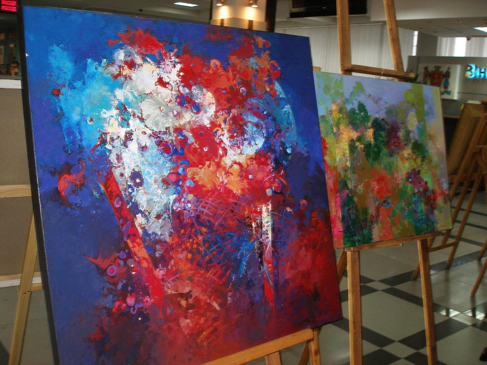 У Вінницькій міськраді запрацювала художня експозиція - фото 3