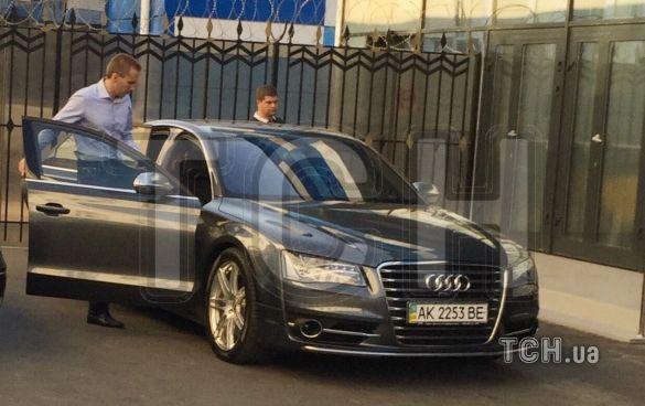 Янукович-молодший прибув в Україну  - фото 1