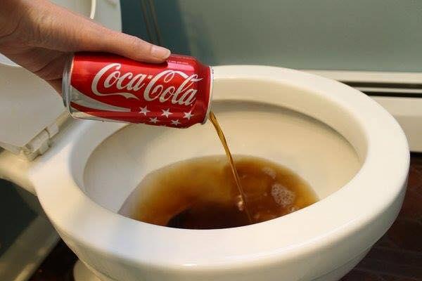 Українці продовжують стібатися з Coca Cola, яка не знає, чий Крим (ФОТОЖАБИ) - фото 5