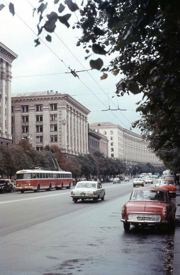 Кияни показали, як кілька десятиліть тому виглядав громадський транспорт столиці - фото 2