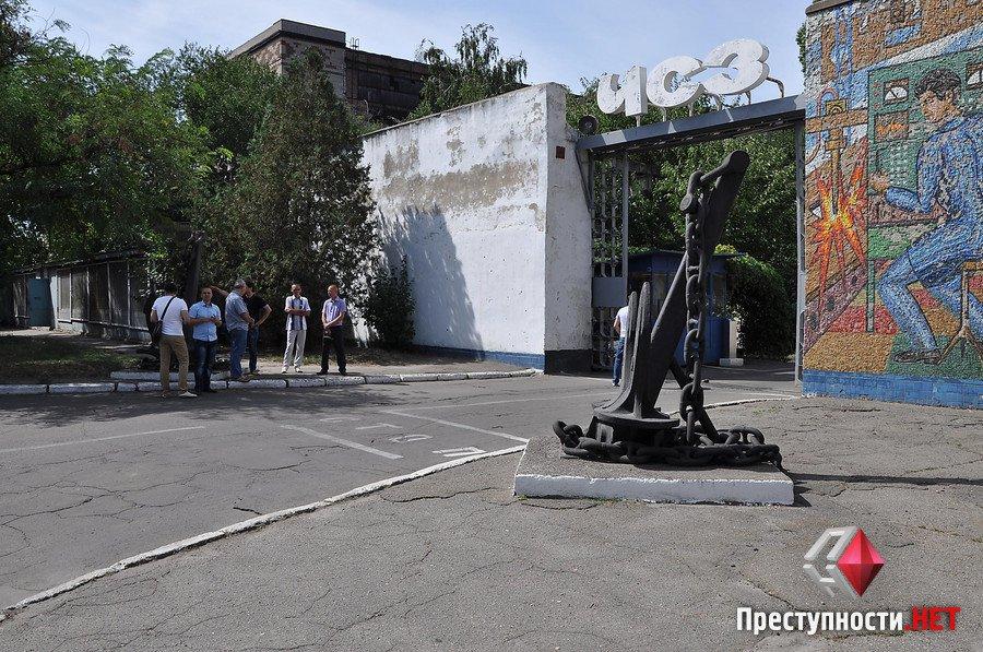 Ляшко у супроводі камер Ахметова приїхав на миколаївський завод Новинського - фото 1