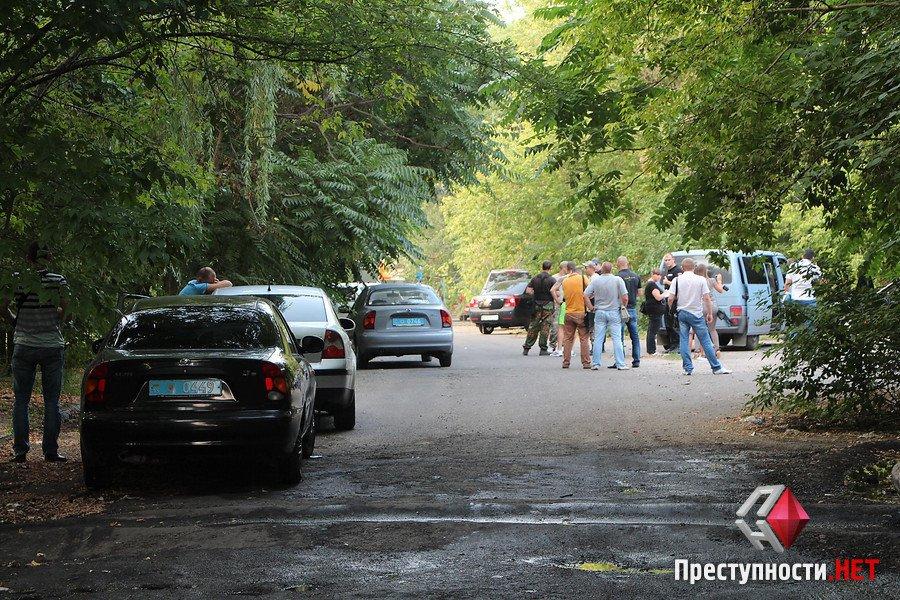 """У Миколаєві АТОшники з """"Правого сектору"""" нападали на таксистів та викрадали авто - фото 4"""