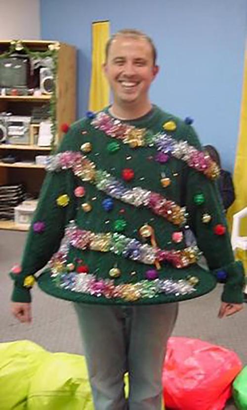 ТОП ідіотських новорічних костюмів - фото 22